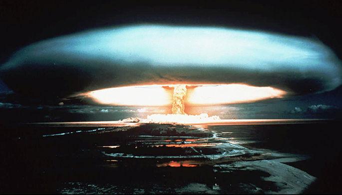 Ядерное испытание на атолле Муруроа во Французской Полинезии (1971 год)