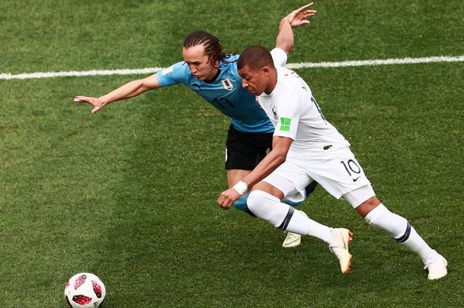 Во время матча 1/4 финала чемпионата мира по футболу между сборными Уругвая и Франции, 6 июля 2018 года