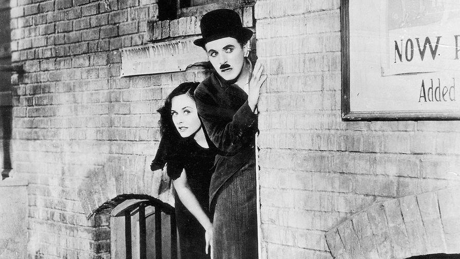Чарли Чаплин и Полетт Годдар в фильме «Новые времена» (1936)