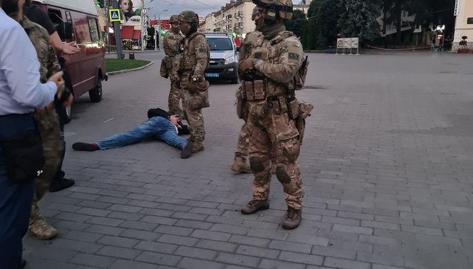 Поговорил с террористом: Зеленский рассказал о захвате в Луцке