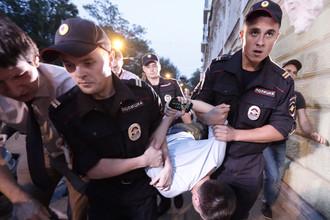 Кандидат в мэры Москвы Левичев организовал штурм квартиры «Братьев Навального» в поисках «незаконной агитации»