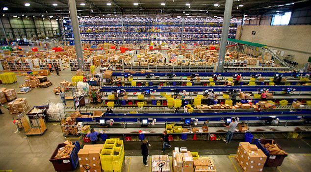В Amazon люди работают сверхурочно и в выходные