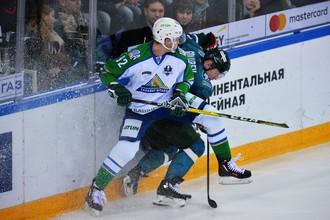 Эпизод матча между «Салаватом Юлаевым» и «Ак Барсом»