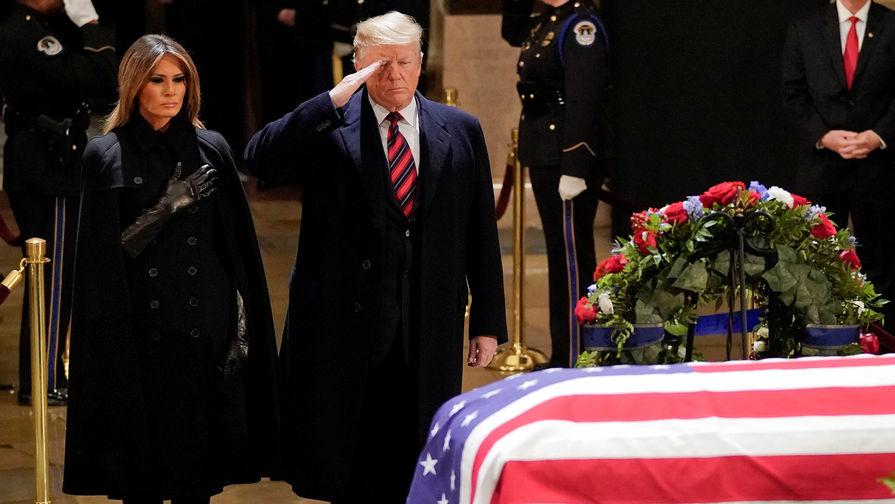 В США прощаются с 41-м президентом США Джорджем Бушем-старшим