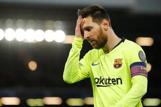 Лионель Месси в составе «Барселоны» в матче против «Ливерпуля» в рамках Лиги чемпионов