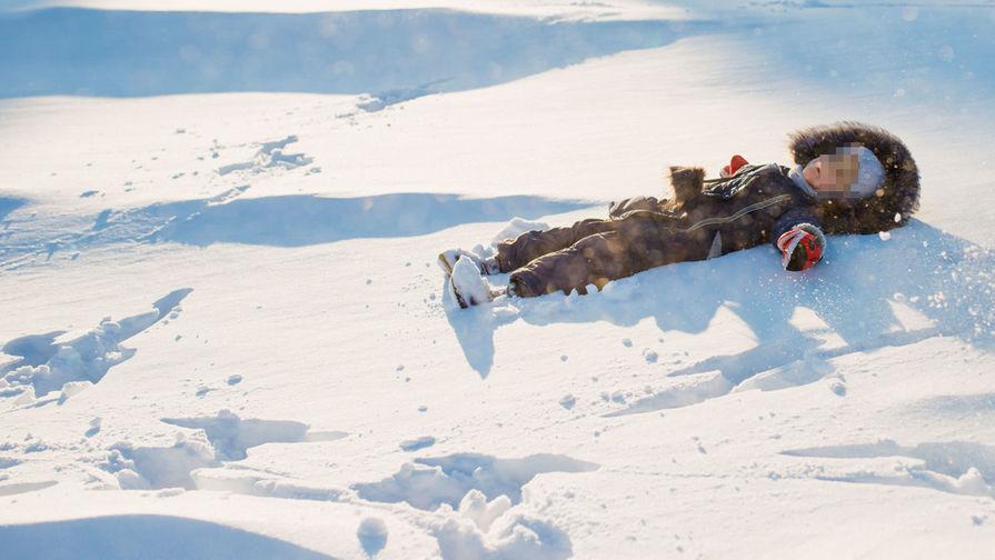 Бурятские врачи спасли обмороженные ноги забытой в сугробе девочки