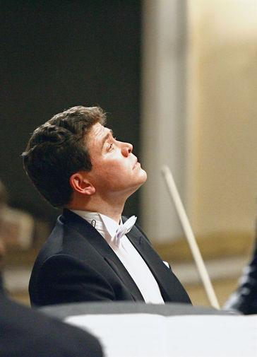 Денис Мацуев во время выступления в Большом зале Московской Консерватории им. П.И.Чайковского, 2007 год