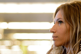 Певица Юлия Самойлова в аэропорту Шереметьево, 16 марта 2017 года