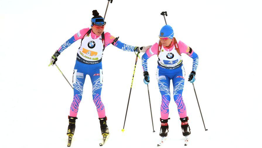 Российские биатлонистки Лариса Куклина и Ирина Старых