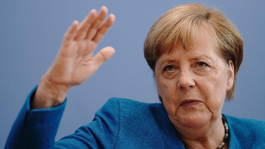 Меркель заявила об изменении баланса сил в мире из-за агрессивного поведения России