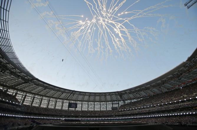 Фейерверк на Национальном стадионе в Баку