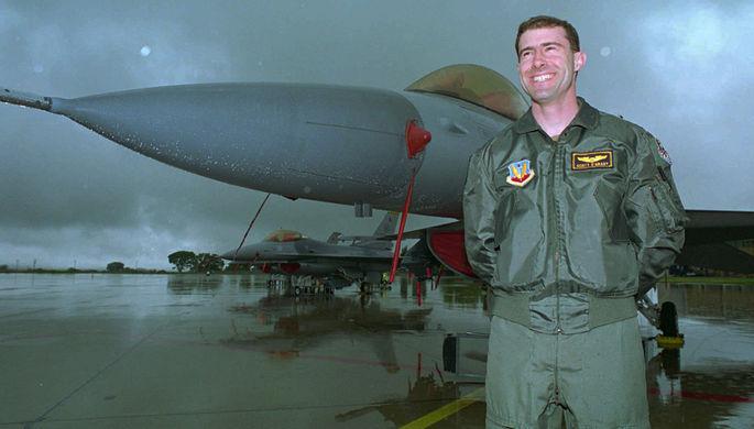 Американский летчик Скотт О'Грейди, 1996 год