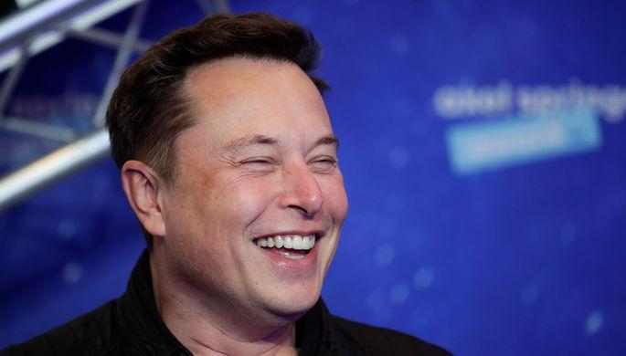 «Местоимения —это кошмар»: как Илон Маск разозлил трансгендеров