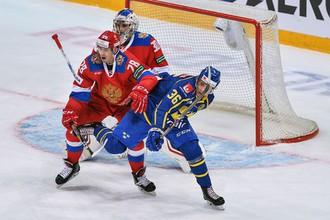 Форвард Алексей Бывальцев (№28) теперь будет одноклубником голкипера Игоря Шестеркина в СКА