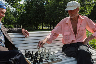 «Давайте не затягивать»: пенсионный возраст посчитают по осени