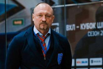 Прикрывает отца? Почему сына Соколова отпустили после убийства