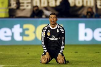 Криштиану Роналду забил 300-й мяч в футболке «Реала» в матче с «Райо Вальекано»