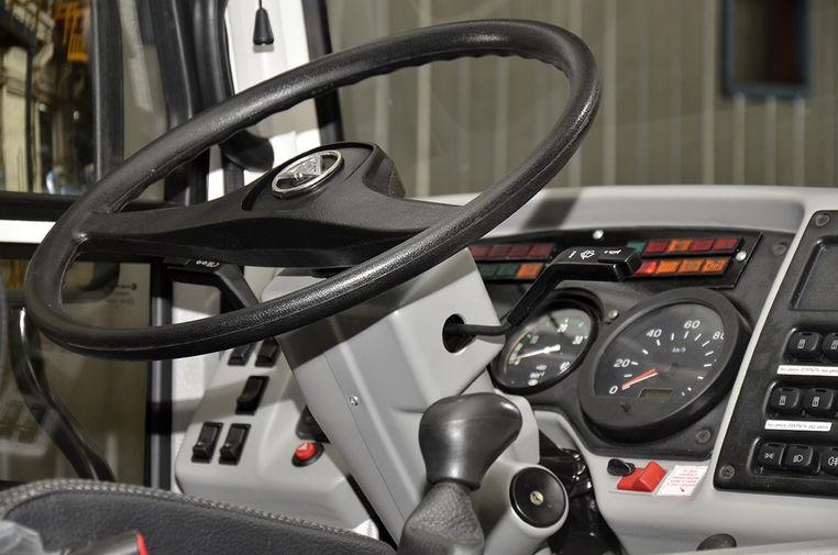 Руль в салоне автобуса