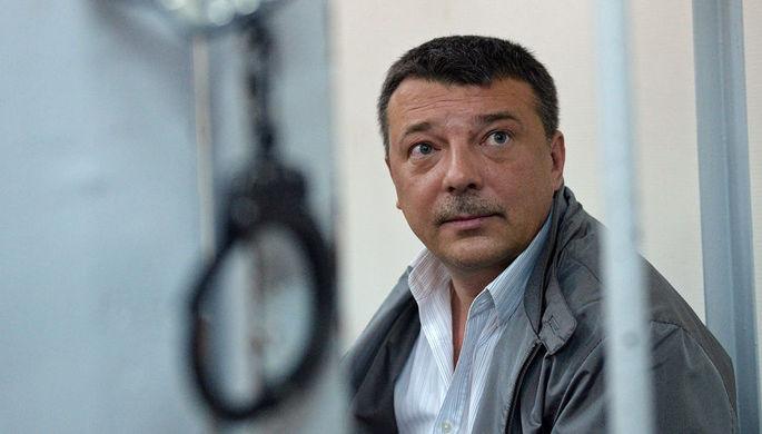 Брал у Шакро: полковник СК сел за взятку