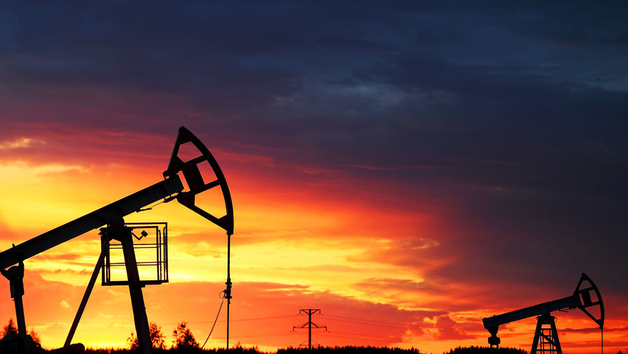 Иран сократил нефтяную добычу до минимума за 40 лет
