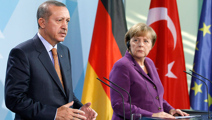 Время угроз: зачем Меркель приехала к Эрдогану