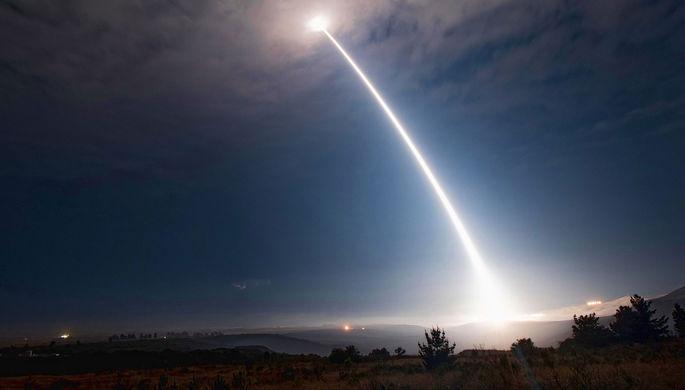 Ядерное сдерживание: США испытали межконтинентальную ракету