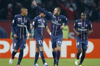 Игроки ПСЖ празднуют победу над «Марселем»