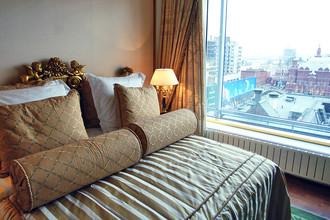 Вид на Красную площадь из номера отеля «Ритц Карлтон»