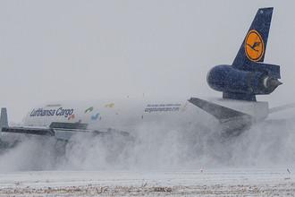 Прибытие первого рейса авиакомпании Lufthansa Cargo в новосибирский аэропорт Толмачево, 31 октября 2016 года