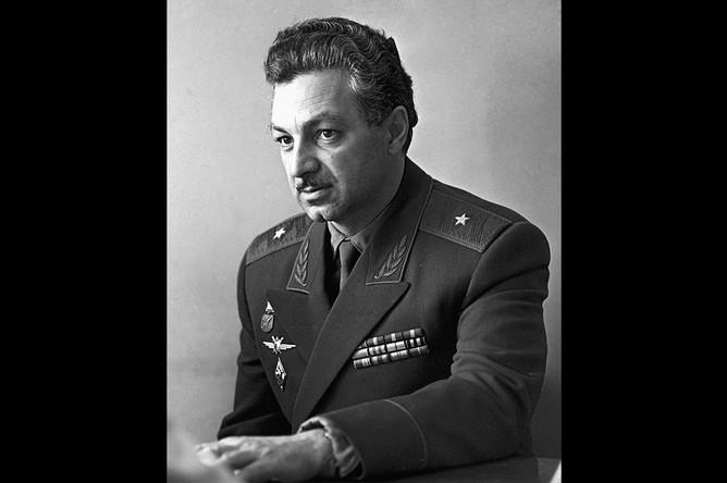 Генерал-майор Степан Микоян, 1965 год