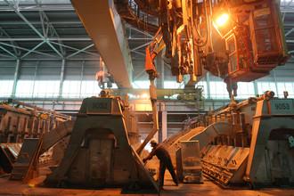 Хакасский алюминиевый завод, запущенный в Саяногорске в 2006 году, стал первым алюминиевым заводом, построенным в России за 20 лет. На его базе может появиться новый производственный комплекс — Хакасская технологическая долина, — объем инвестиций в который может составить около 130 млрд руб., заявлял глава региона Виктор Зимин
