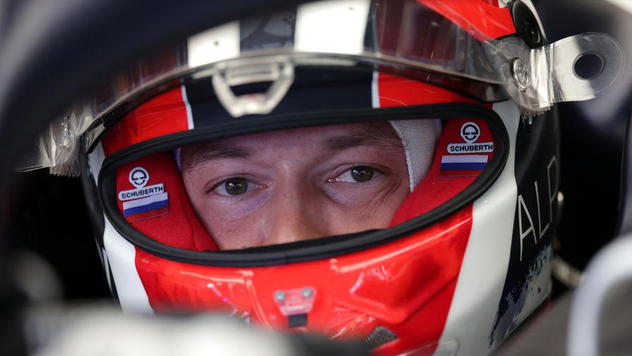 Хэмилтон выиграл Гран-при Венгрии, Квят остался без очков
