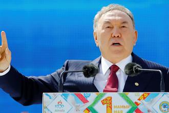Президент Казахстана Нурсултан Назарбаев во время Праздника единства народа Казахстана в Алма-Ате, 2016 год