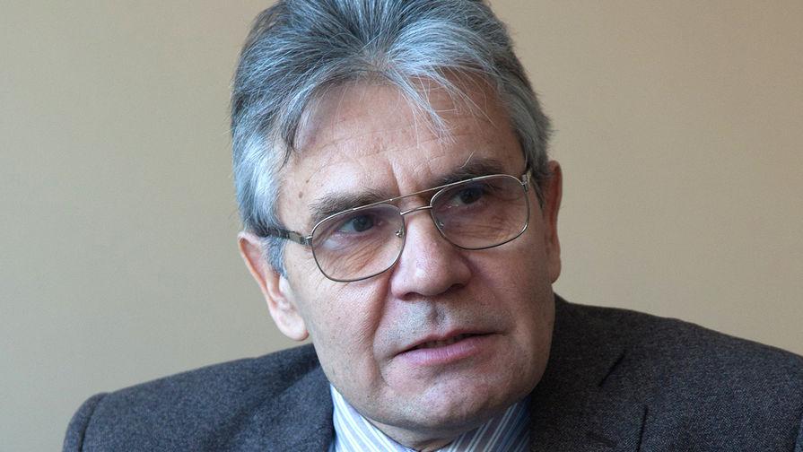 Глава РАН назвал сроки массовой вакцинации россиян от коронавируса