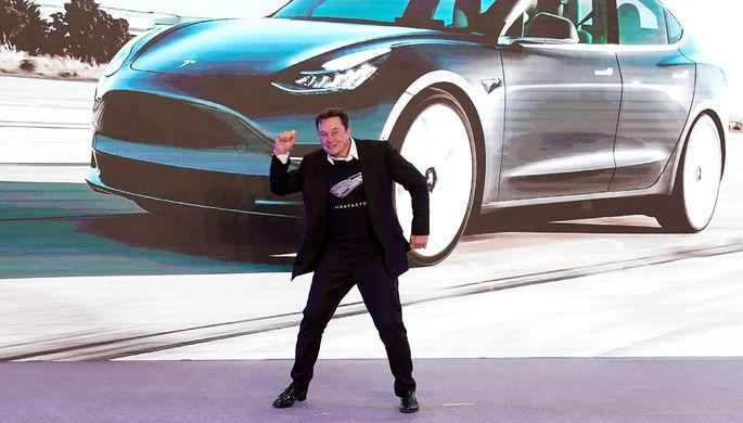Глава Tesla Илон Маск во время презентации в Шанхае, январь 2020 года