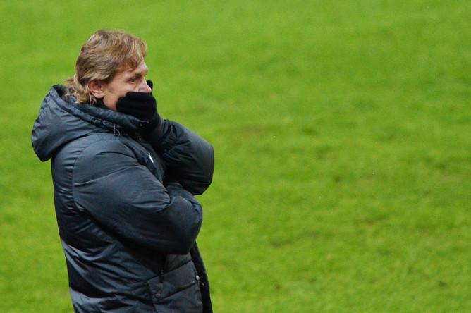 Карпин в своем последнем матче в роли главного тренера против «Анжи» (2:2) в ЧР. 17.03.2014