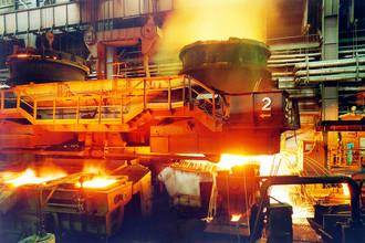 Конвертерный цех крупнейшего металлургического предприятия Украины «Азовсталь»
