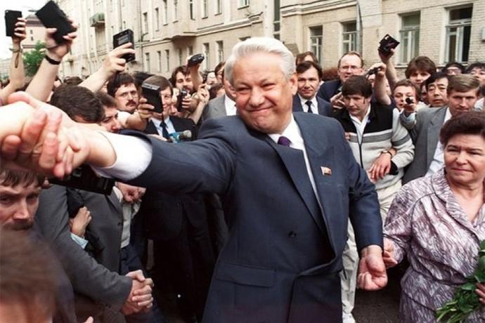 Борис Ельцин во время предвыборной кампании