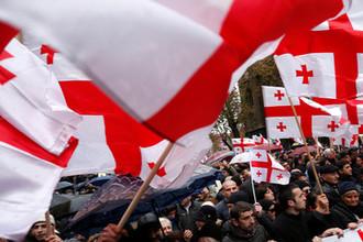 Не рады постановке: в Грузии протестуют против театра из Москвы