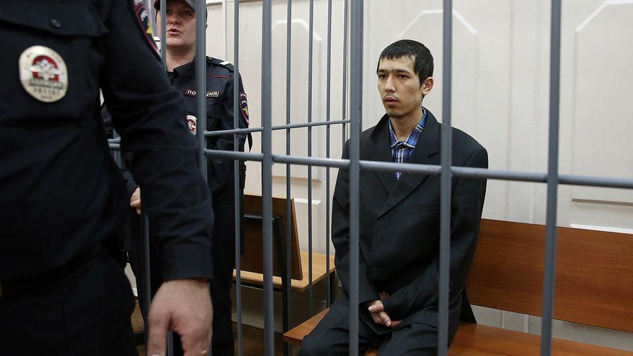 Предполагаемый организатор теракта в Санкт-Петербурге Аброр Азимов в Басманном суде Москвы, 18...
