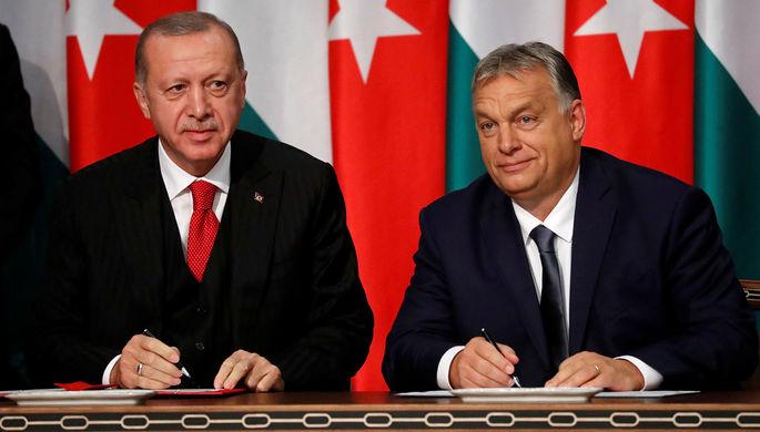 «Нелиберальный романс»: Эрдоган угрожает Европе