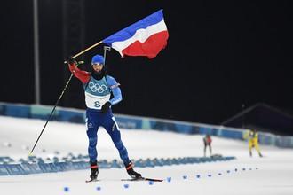 Мартен Фуркад на финише олимпийской гонки преследования