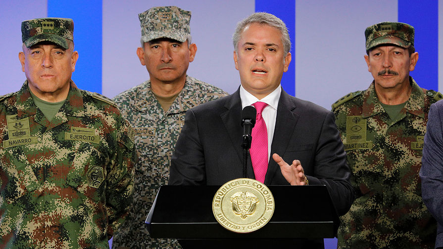 Президент Колумбии призвал покончить с правлением Мадуро