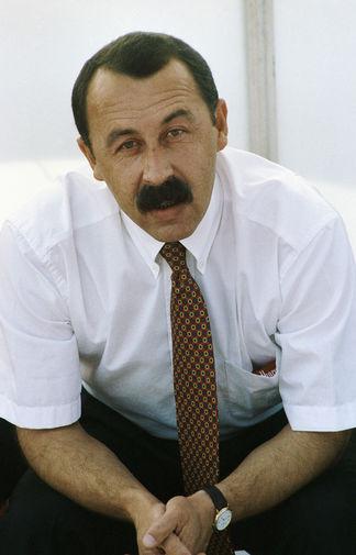 Тренер футбольной команды «Спартак-Алания» Валерий Газзаев, 1995 год
