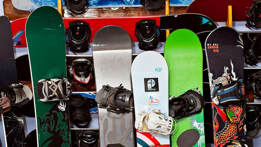 Турист погиб, катаясь на сноуборде на горнолыжном курорте в Кузбассе