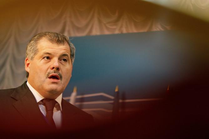 Глава Дагестана Рамазан Абдулатипов собрался уйти в