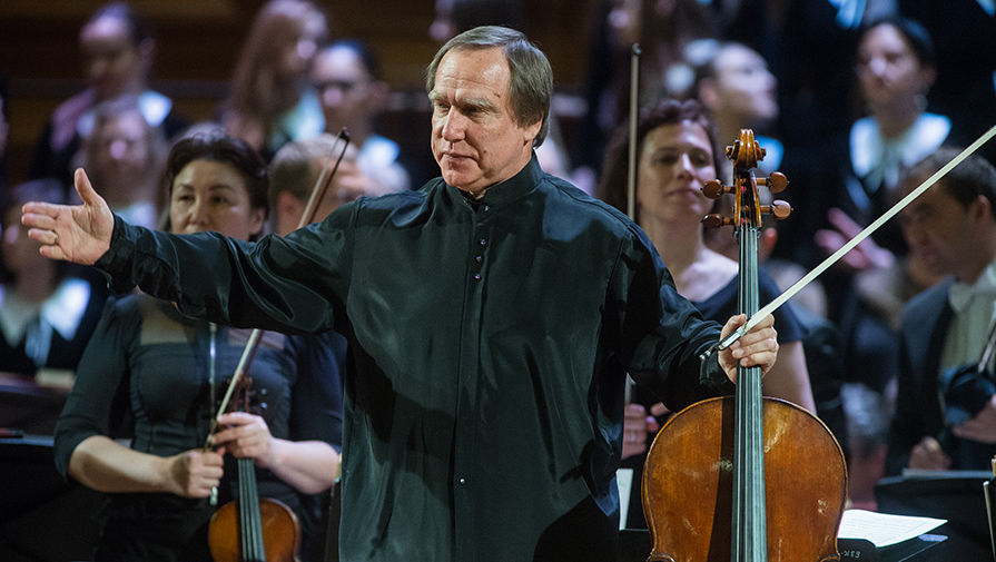 Путин наградил орденом За заслуги перед Отечеством виолончелиста Ролдугина