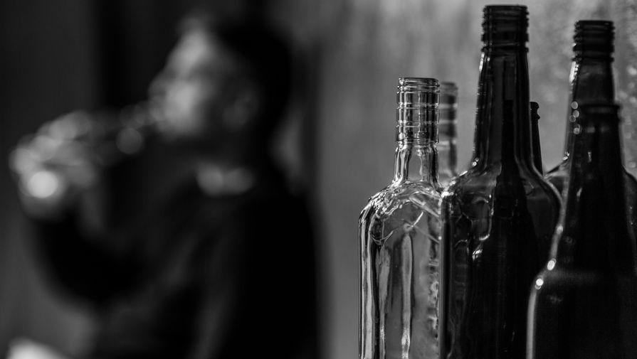 Назван самый опасный алкогольный напиток для мужчин
