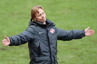 «Тренирую футболистов, как первоклассников»