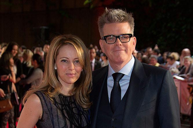 Режиссер Кристофер Маккуорри с женой Хизер на премьере фильма «Миссия невыполнима: Племя изгоев»